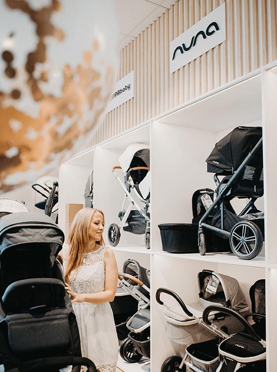 PREMIUM BLAGOVNE ZNAMKEPestra ponudba otroških vozičkov