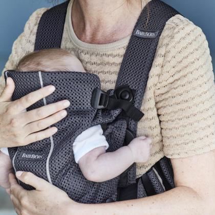 BabyBjörn® Ergonomska nosilka Mini Mesh 3D Anthracite