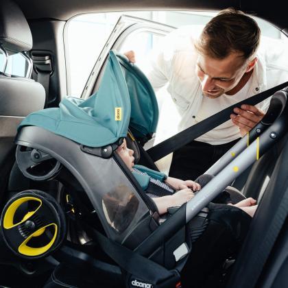 Doona® Otroški avtosedež in voziček Doona 0+ (0-13 kg) Racing Green
