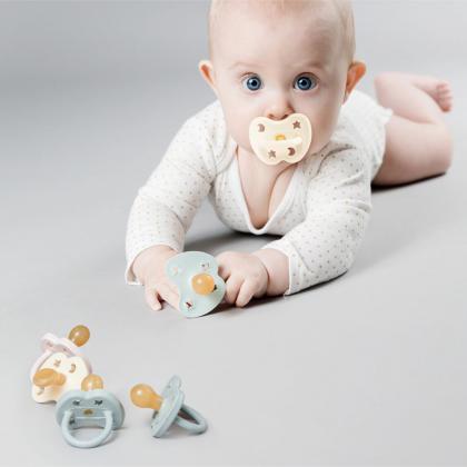 Hevea® Ortodontska duda iz kavčuka Colourful Gorgeous Grey