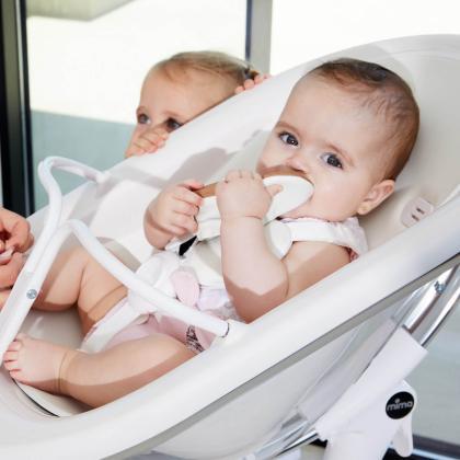 Mima® Moon™ White Otroški stolček za hranjenje Snow White