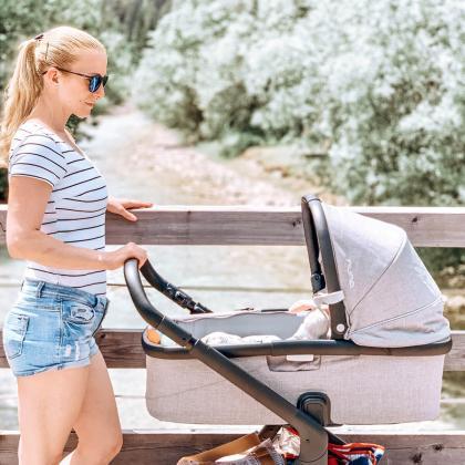 Nuna® Otroški voziček 3v1 Demi™ Grow Frost + Pipa™ Next i-Size 0+ Caviar